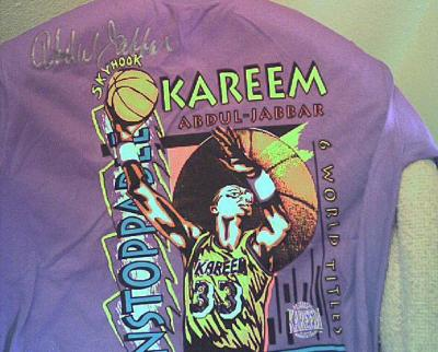 Kareem Abdul-Jabbar autographed Los Angeles Lakers T-shirt