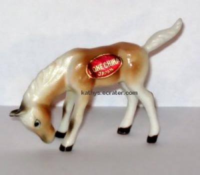 Japan Bone China Horse Palomino Foal/Colt Animal Figurine