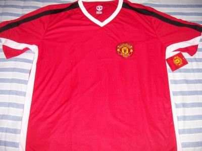 Manchester United red replica jersey XL NEW WITH TAGS
