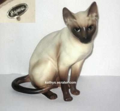 Josef Originals Japan Siamese Cat Sitting Animal Figurine