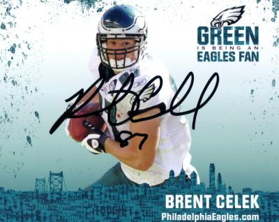 Brent Celek autographed Philadelphia Eagles 8x10 photo