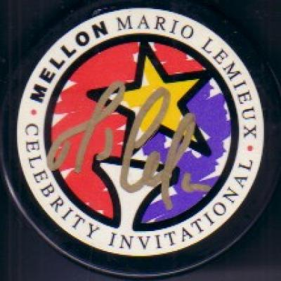 Mario Lemieux autographed Celebrity Golf Invitational logo puck