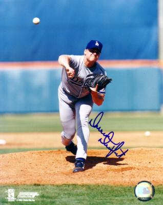 Darren Dreifort autographed 8x10 Los Angeles Dodgers photo