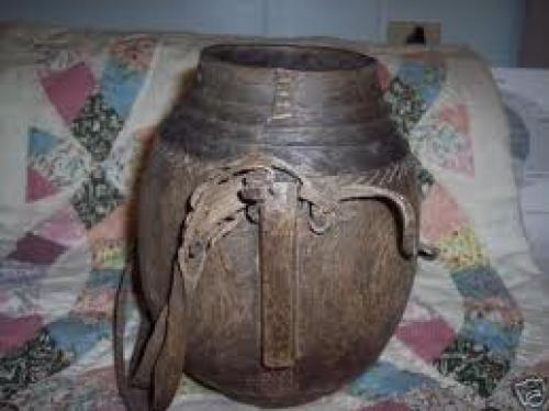 ANTIQUE PRIMITIVE WOODEN JUG CONTAINER WOOD