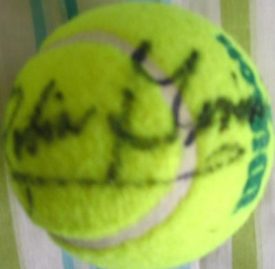 Robin Givens autographed tennis ball