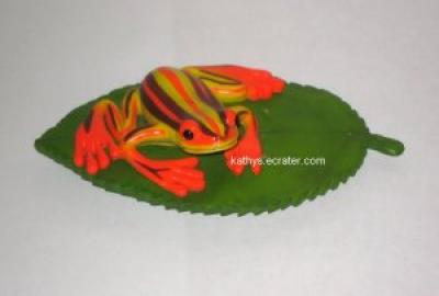 Magnet: Rubber Refrigerator Magnet MC-157 Orange Frog on Leaf