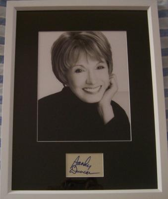 Sandy Duncan autograph matted &amp; framed with 8x10 photo