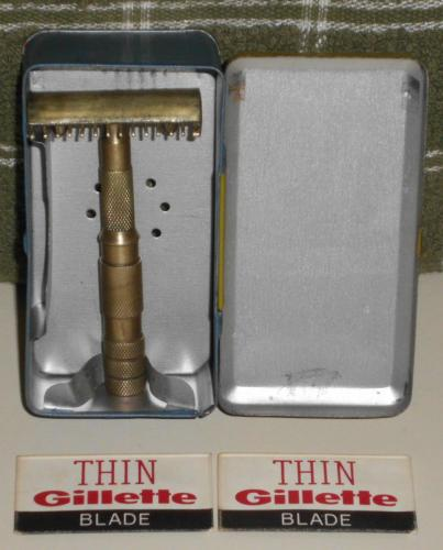 1920s Optimo Safety Razor w Case and Blades