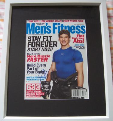Sidney Crosby autographed Men&#039;s Fitness magazine cover matted &amp; framed