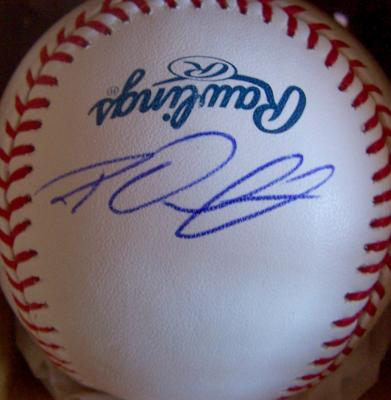 Roy Oswalt autographed MLB baseball