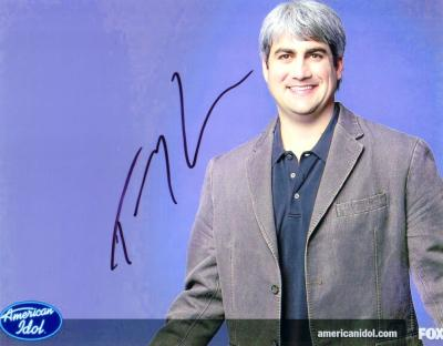 Taylor Hicks autographed 2006 American Idol 8x10 photo