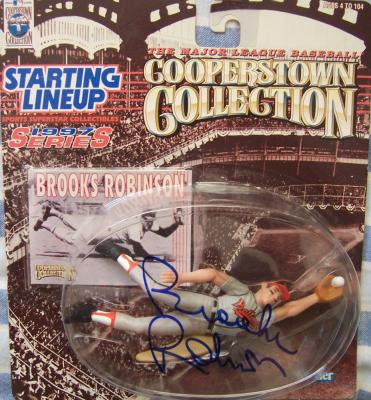 Brooks Robinson autographed Baltimore Orioles 1997 Kenner Starting Lineup