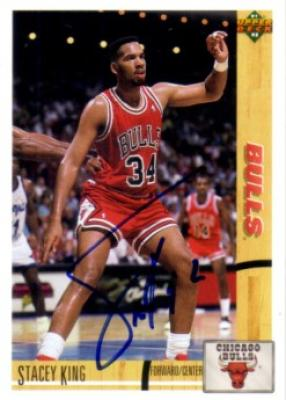 Stacey King autographed Chicago Bulls 1991-92 Upper Deck card