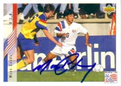 Mark Chung autographed U.S. Soccer 1994 Upper Deck card