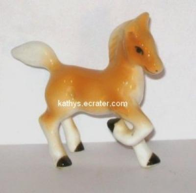 Miniature Bone China Palomino Foal Horse Animal Figurine