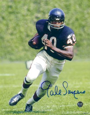 Gale Sayers autographed 8x10 Chicago Bears photo