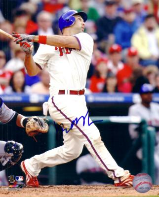 Raul Ibanez autographed Philadelphia Phillies 8x10 photo