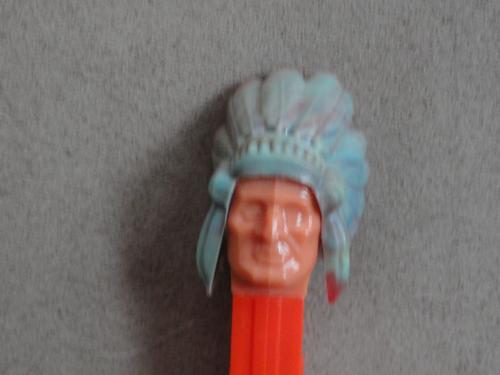 Indian Pez Marbleized Headdress no feet