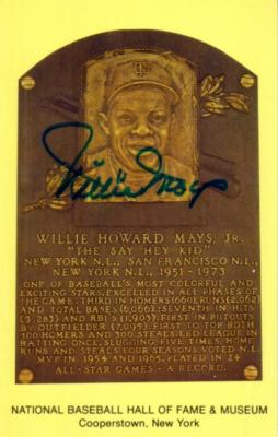 Willie Mays autographed Baseball Hall of Fame plaque postcard