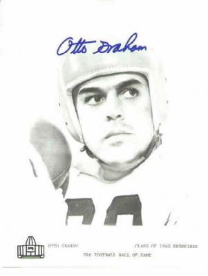 Otto Graham autographed Cleveland Browns 8x10 black & white photo