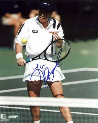 Lisa Raymond autographed 8x10 tennis photo