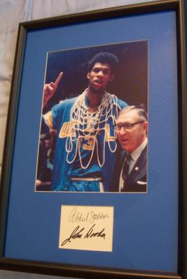 Kareem Abdul-Jabbar & John Wooden autographs framed with UCLA NCAA Championship photo