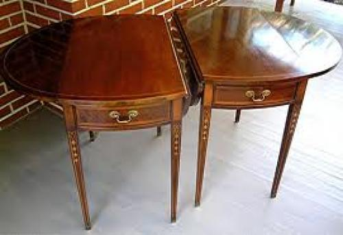 Antiques; Pair Mahogany Pembroke tables by Hickory Chair Co c.1970
