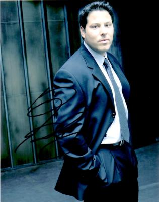 Greg Grunberg autographed 8x10 Alias photo