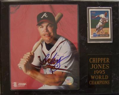 Chipper Jones autographed Atlanta Braves 8x10 photo &amp; card in 1995 World Champions plaque