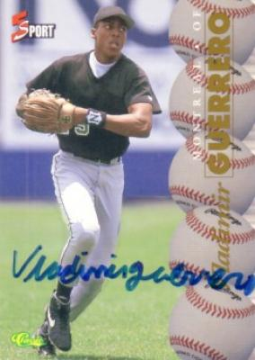 Vladimir Guerrero certified autograph 1995 Classic card (full name signature)