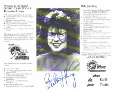 Billie Jean King autographed 8x10 World Team Tennis B&W photo