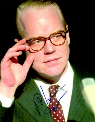Philip Seymour Hoffman autographed 8x10 Capote photo