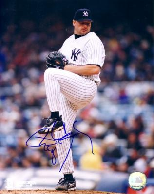 Roger Clemens autographed New York Yankees 8x10 photo