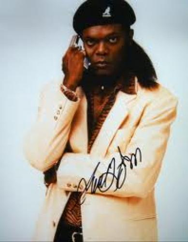 Memorabilia; Samuel L. Jackson signed Jackie Brown photo Star