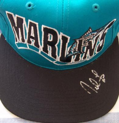 Derrek Lee autographed Florida Marlins cap