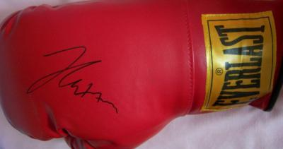 Julio Cesar Chavez autographed Everlast boxing glove