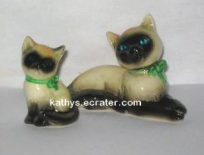 Goebel W Germany CK33A Siamese Cat and Kitten Animal Figurine