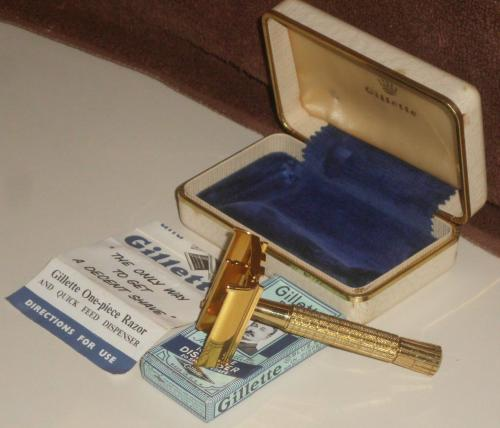 1959 RARE Gold British Presentation Flare Tip Set
