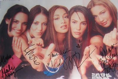 Nicole Scherzinger & Eden's Crush autographed 8x11 photo