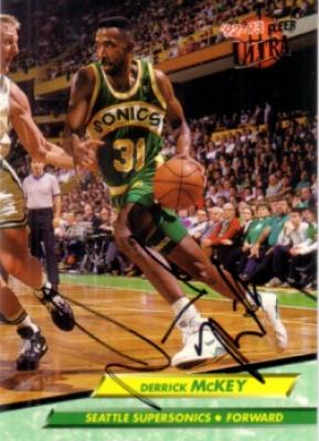 Derrick McKey autographed Seattle Supersonics 1992-93 Ultra card