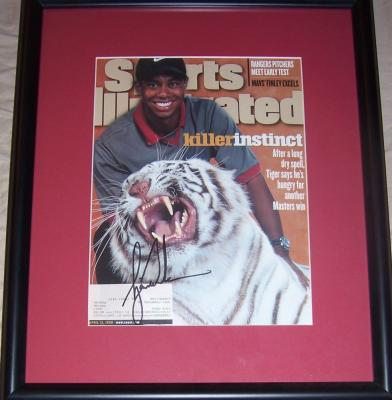 Tiger Woods autographed 1999 Sports Illustrated cover framed