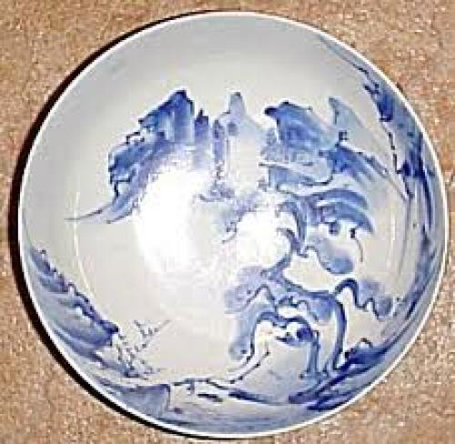 ANTIQUE ASIAN BLUE &amp; WHITE SCENIC PORCELAIN BOWL 