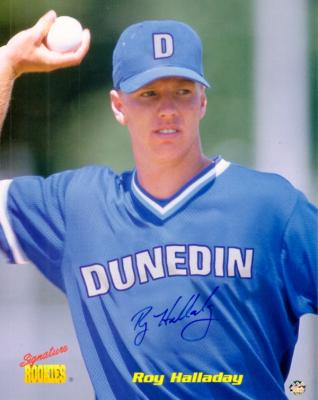 Roy Halladay autographed Dunedin Blue Jays 8x10 photo