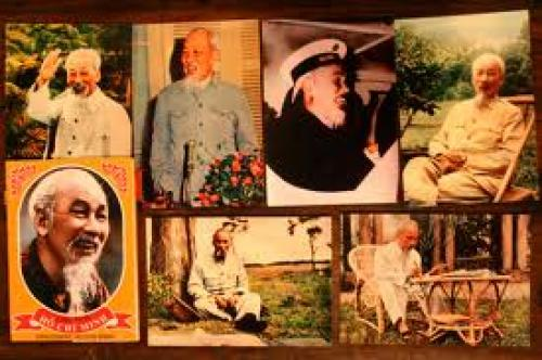 Vietnam; Postcards with pictures of Ho Chi Minh