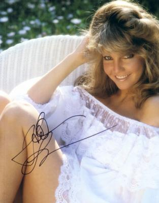Heather Locklear autographed 8x10 vintage magazine photo