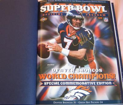 John Elway autographed Denver Broncos Super Bowl 32 Champions Commemorative Program (hardbound)