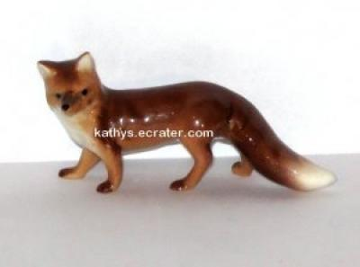 Hagen Renaker Mama Fox #2020 Animal Figurine
