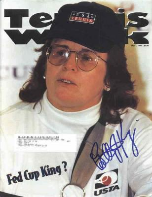 Billie Jean King autographed Tennis Week magazine cover