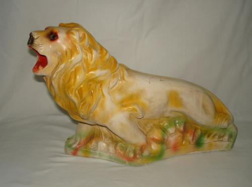 1925 chalkware lion carnival prize