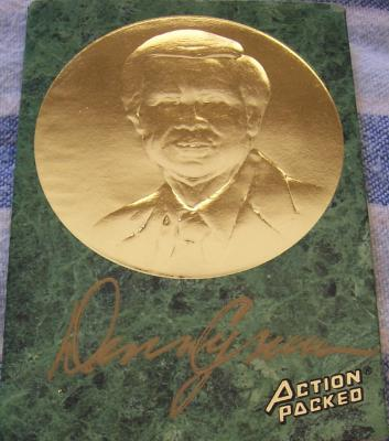Denny Crum certified autograph Louisville Action Packed Hall of Fame card